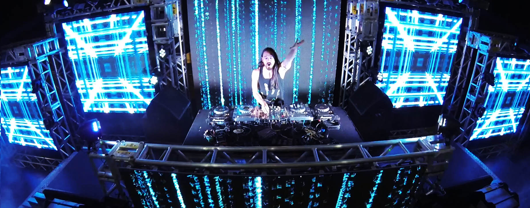Steve Aoki Neon Future Tour visuals